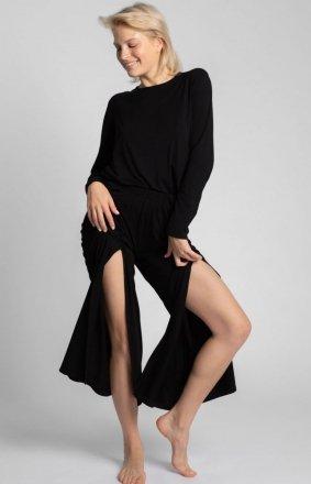 Szerokie czarne spodnie z rocięciami LA026