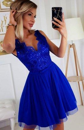 *Rozkloszowana sukienka z koronką chabrowa Bicotone 2206-05