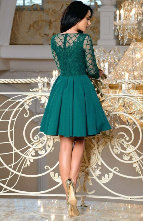Bicotone 2165-13 sukienka rozkloszowana zielona tył