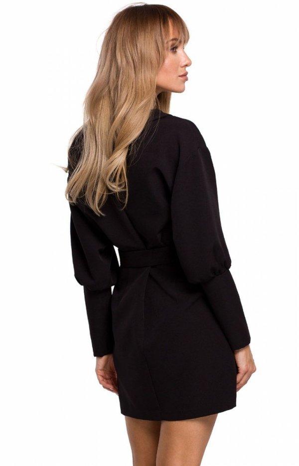 Stylowa sukienka z paskiem czarna M501 tył