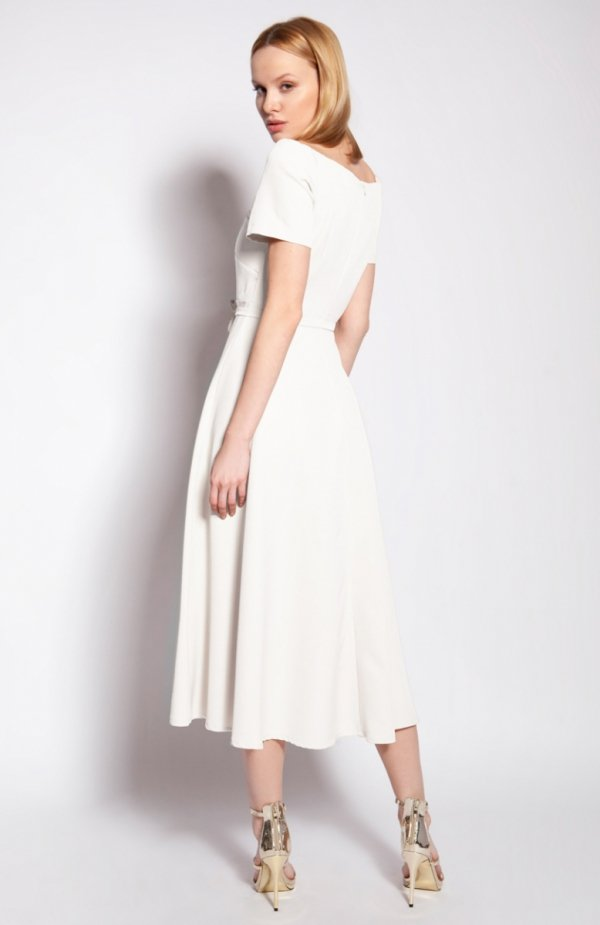 Sukienka trapezowa midi ecru SUK181 tył