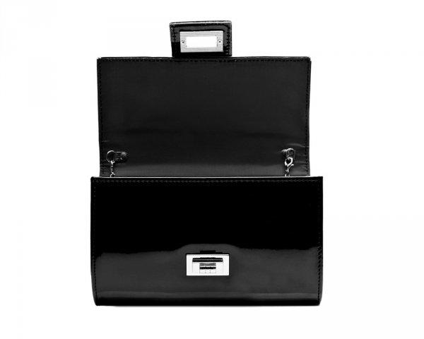 Czarna kopertówka z łańcuszkiem M2-1