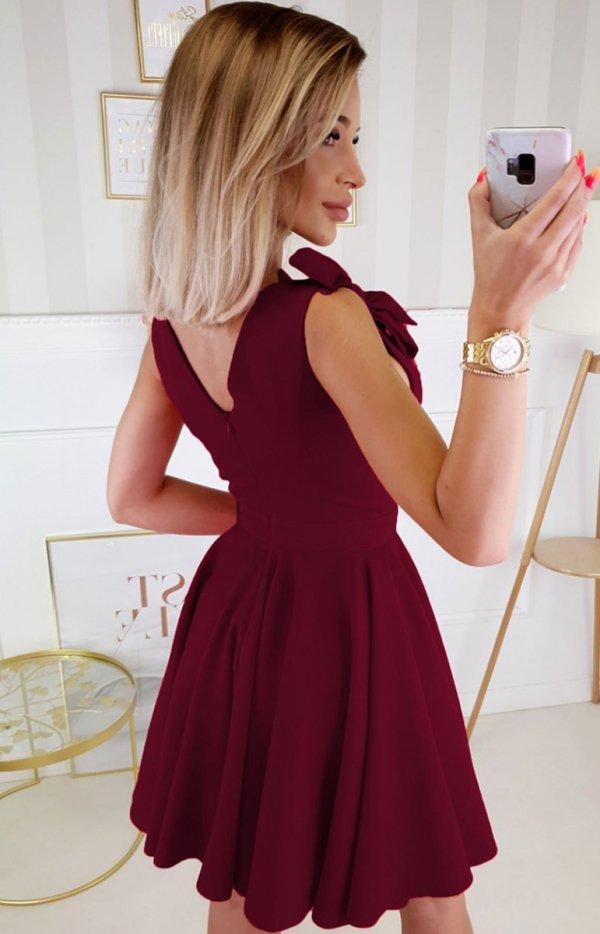 Wizytowa sukienka z kokardkami bordowa 2209-10 tył