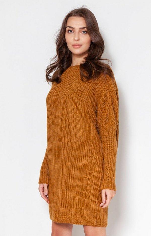Oversizowy sweter damski musztardowy SWE135