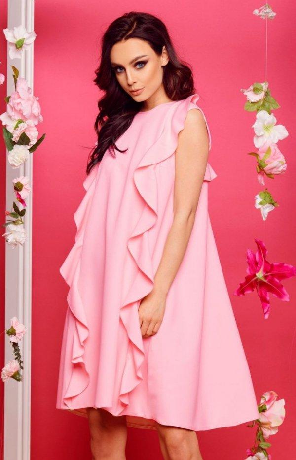 Oversizowa sukienka z falbanami pudrowy róż L298