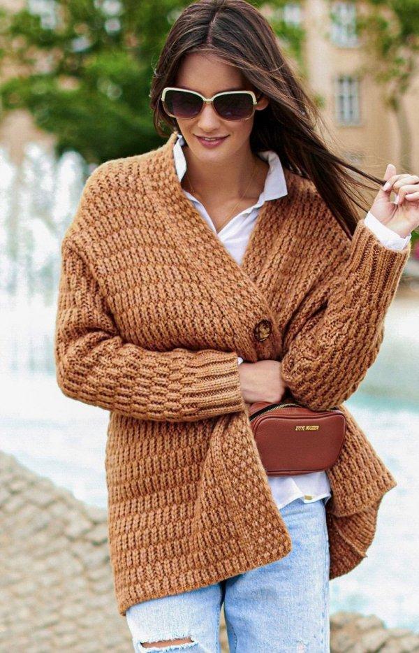 Ciepły sweter zapinany na guzik S66