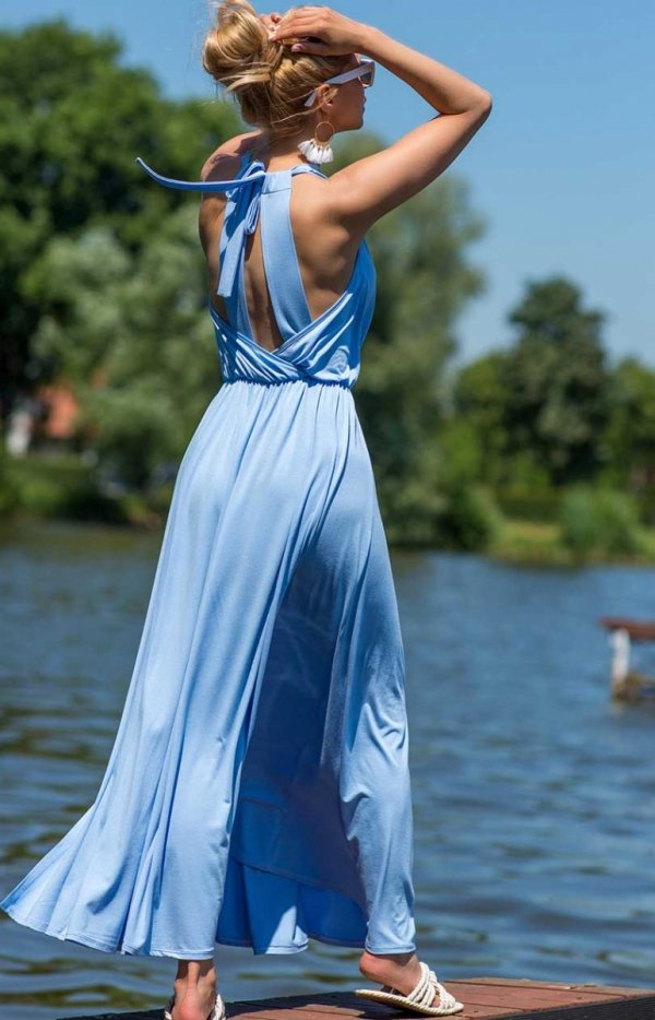 Efektowna sukienka maxi błękitna tył