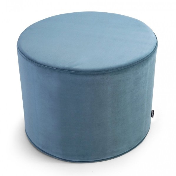 Błękitna pufa welurowa 45x35