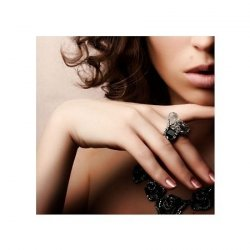 Beautiful woman. Fashion art photo - reprodukcja