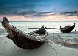 Fototapeta do salonu - Stare łodzie, Wietnam - 320x230 cm