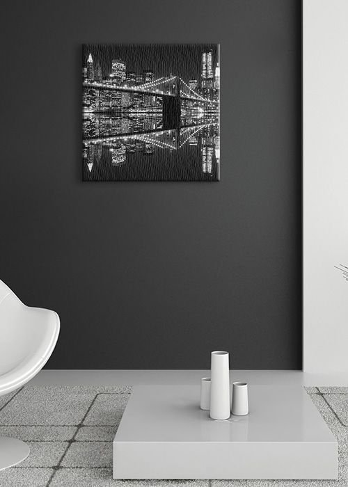 Obraz na płótnie - New York (Brooklyn Bridge night BW) - 40x40 cm