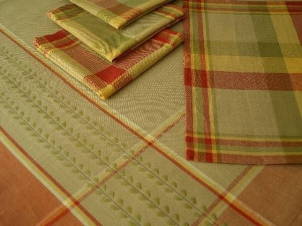 Obrus na stół - 150x150cm + 4 serwetki - Bawełna