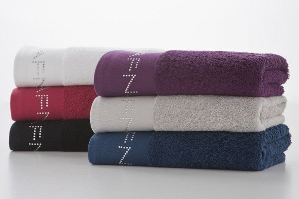 Ręcznik - Fiolet - NAF NAF - 70x140 cm - Diamonds