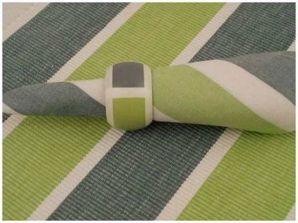 Podkładki na stół + Serwetki + Obrączki na serwetki x 4-szt - Limonkowo-szare