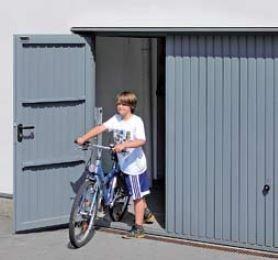 Brama uchylna N 80, 2500 x 2125, Wzór 902 z drzwiami, kolor do wyboru