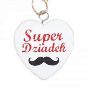 Drewniana tabliczka w kształcie serca z napisem Super Dziadek
